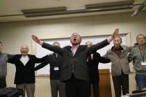 平林正明会員の指揮で 若き血斉唱(1)