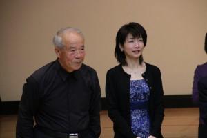 髙橋晴彦先生とピアノ伴奏の湯田亜紀さん。