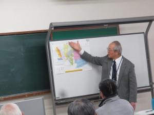 国分寺の新田開発と地名の由来を説明しているところ
