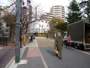 旧中仙道の板橋を渡る